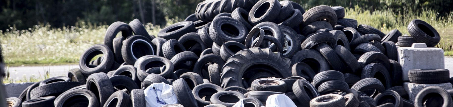 Pile of used car tires