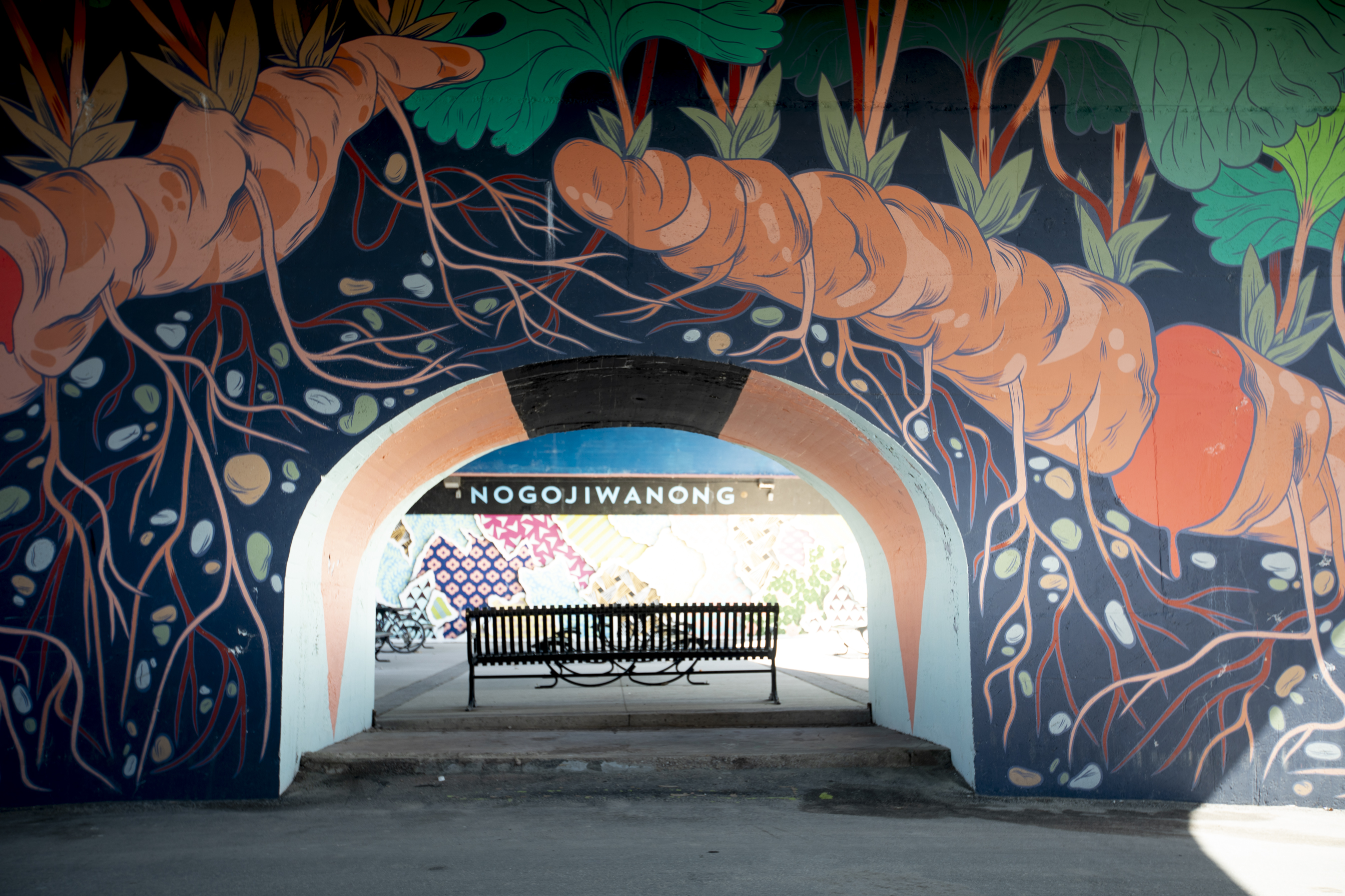 Mural on Hunter Street bridge