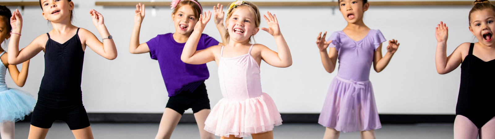 children at ballet class